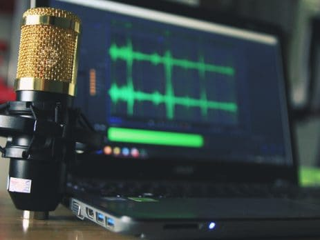 11 Amazing Ecommerce Podcasts to Grow Your Business